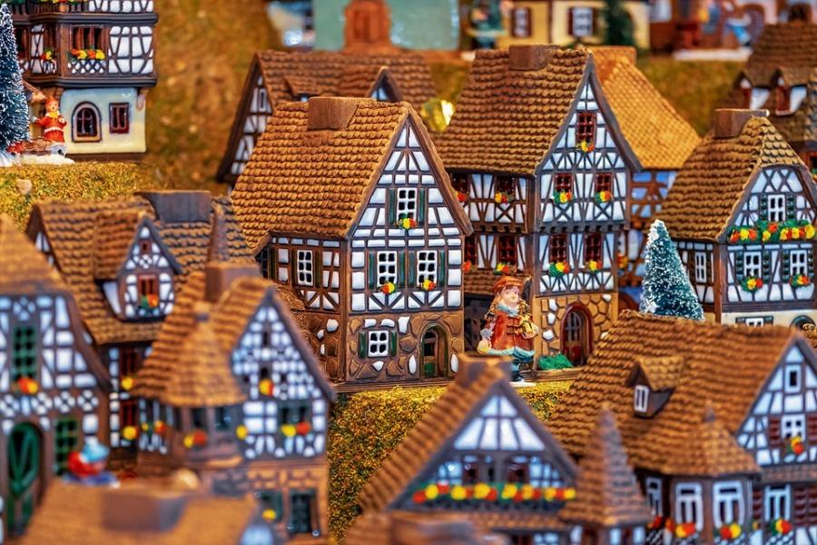 Miniature Fachwerkhäuser Building Christmas Motif